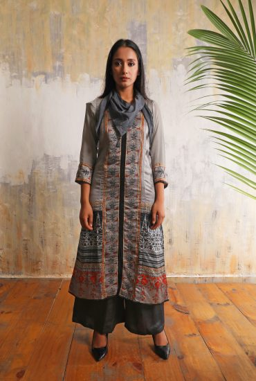 Steel grey smart long printed tunic in Linen satin with chiffon balloon sleeves and detailed handwork teamed with Charcoal Linen satin flared pants and Chiffon scarf